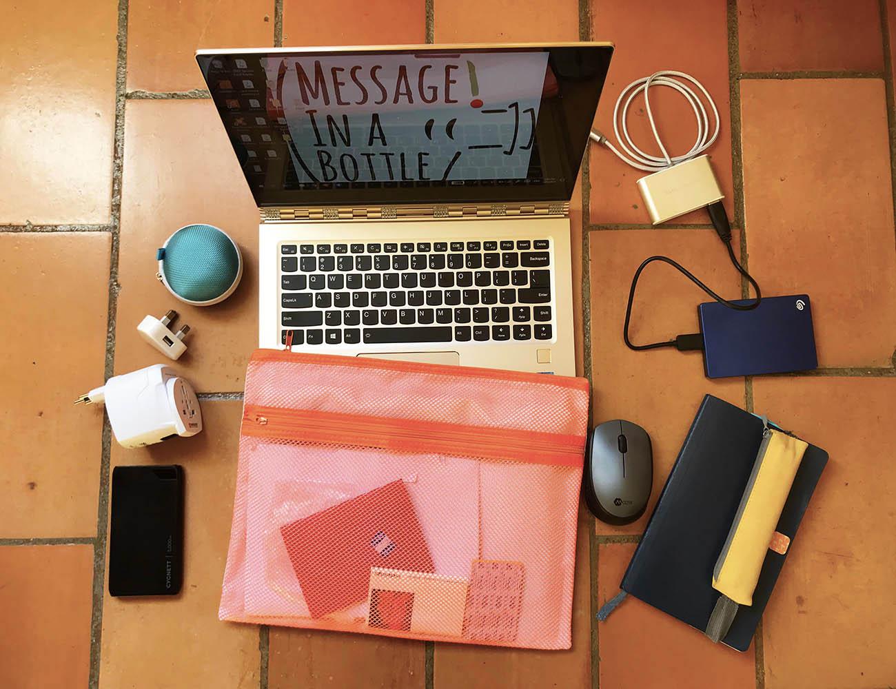 mon bureau mobile indispensables en voyage